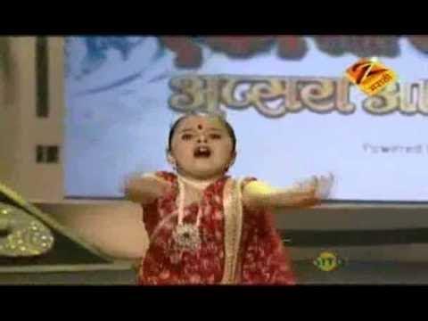 Eka Peksha Ek Apsara Aali Jan. 27 11 Sakshi Tisgaonkar