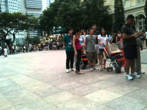 Queue at Asian Civilizations Museum