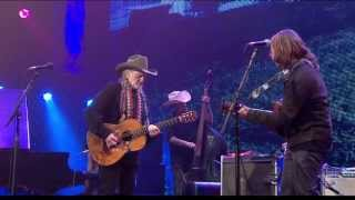 Willie Nelson & Lukas Nelson - Just Breathe (Live at Farm Aid 2013)