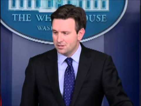 Ed Henry Grills Josh Earnest Over Egyptian Christians