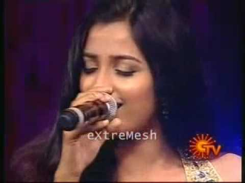 YouTube- Munbe Vaa Live by Shreya Ghoshal - eXtreMesh.mp4