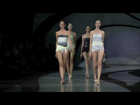FashionTV | FTV.com - Emporio Armani Women s Collection Spring/Summer 2009