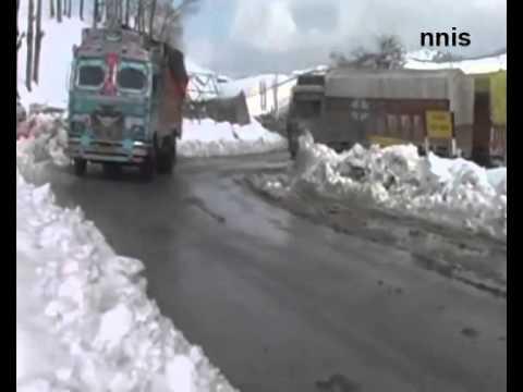Rains In Delhi, Snowfall Closes Jammu-Srinagar Highway