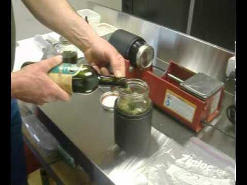 How to make Tincture and oils from medical marihuana and tincture maker