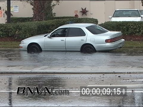 2/3/2006 Saint Petersburg, FL Torrential Rains Flooded Road Footage