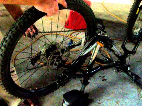 Mountain bike rear tire installation