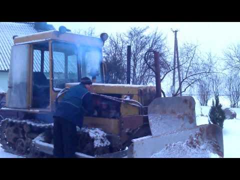 DT-75ML Cold Start (ДТ-75МЛ, КАЗАХТАН холодный старт) [www.plakys.lt]