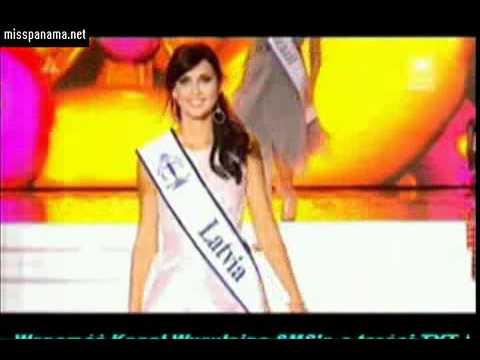 Miss Supranational 2011- Top 20 en Desfile en Traje de Cóctel