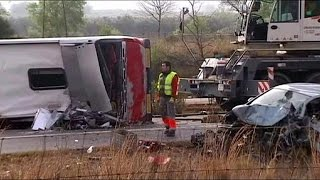 1:34  Spain student bus crash victims 'all young foreign women