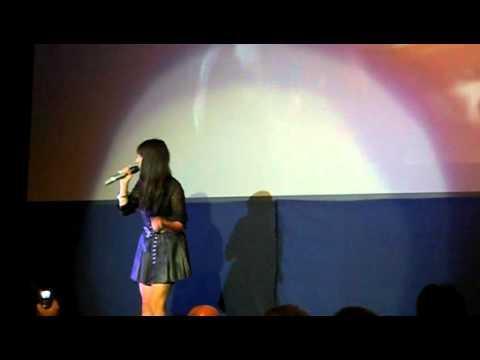 Gabriella Cilmi Sings Magic Carpet Ride At Premier Of Soul Boy Film 21.8.10 video