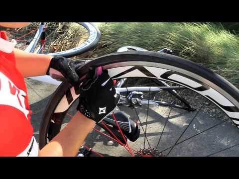 Specialized How-To: Fix a Flat
