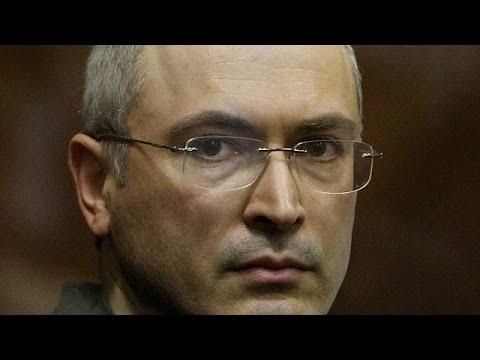 Kremlin critic Mikhail Khodorkovsky flies to Germany after Putin pardon