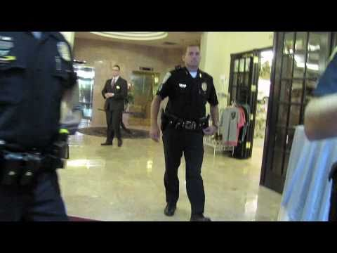 Kelly Ayotte GOP and Nashua PD drive KingCast out of the entire Crowne Plaza building