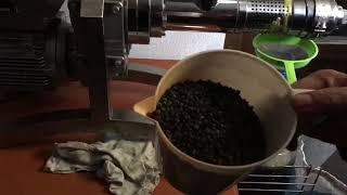 GM-1000 model soguk pres yag makinamizla menengic tohumu yagi cikartiyoruz