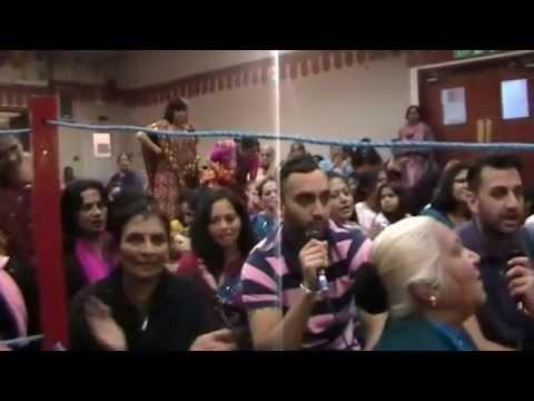 Randal Mataji Na Lota 2012 - Singing Garba video