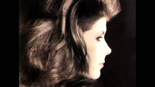 Watch Kirsty MacColl The End Of A Perfect Day video