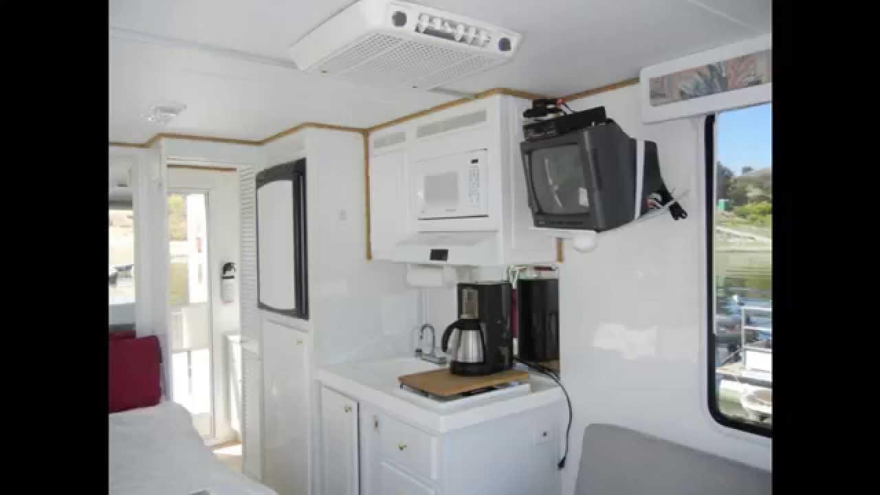 Houseboat on Lake San Antonio - YouTube
