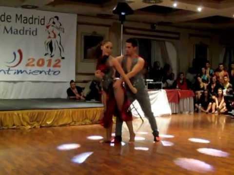 DANIEL y DESIREE Show Te Extraño en Bachata con Sentimiento 2012