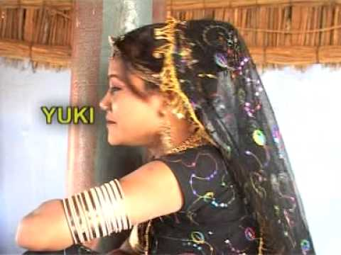 Adhi Si Raat Mahri Ki Chandyia  [rajasthani Popular Song] Besharm Kabutar (dj Remix) video