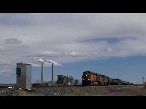 BNSF 4109 west at Joseph City, AZ 13Mar10