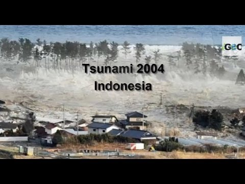 imagen del tsunamis en indonesia: