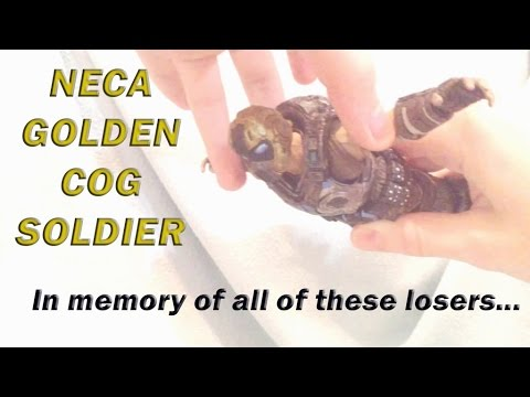 NECA Gears of War 3 Golden COG Soldier Quickie-Review [РУС СУБ]