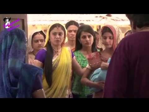 On location of TV serial Balika Vadhu
