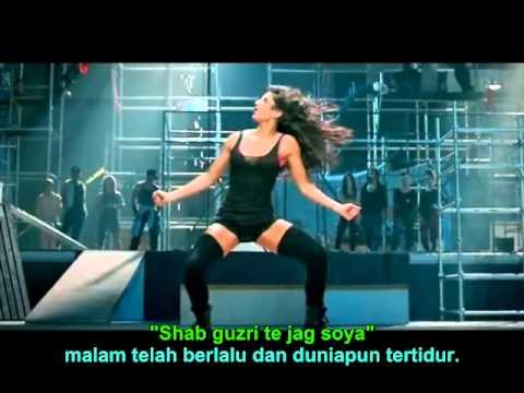 Dhoom 3 Kamli Full Song, Lirik Dan Terjemahan Indonesia