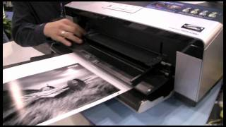 A closer look at the Epson R2880 Photo Printer