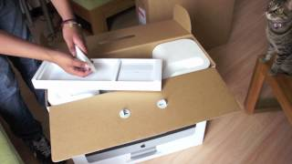 Unboxing iMac Mid 2011