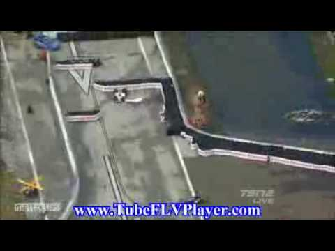 Dan Wheldon Mario Moraes Big Crash at St Petersburg 2010 IZOD IndyCar Series.flv Video