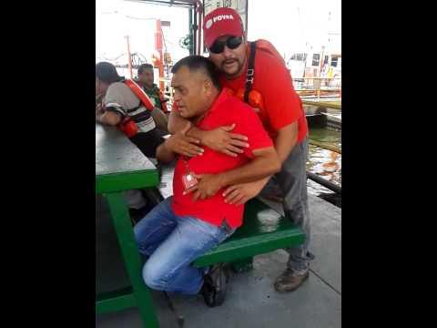 Trabajadores petroleros de Cabimas muy amigos