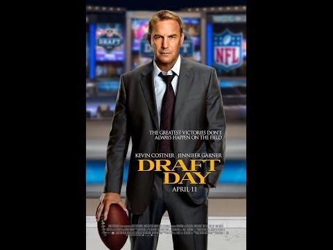 Kevin Costner, Jennifer Garner DRAFT DAY Review | Chasing Cinema