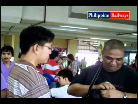 Libreng Gupit, Blood Pressure At Masahe Sa Lrt Roosevelt Station (part 2) video