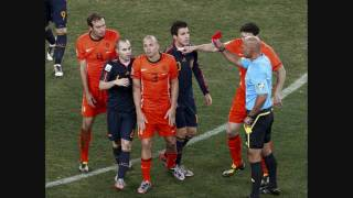 Thumb Video de la patada de Nigel De Jong contra Xavi Alonso, Final España Holanda