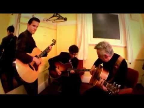 How High The Moon - Tommy Emmanuel, Frank Vignola, Vinny Raniolo