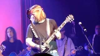 Metallica: Tuesday's Gone (feat.Jerry Cantrell,Pepper Keenan,Gary Rossington,Jim Martin) Live