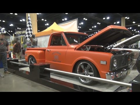 1972 Chevy C10 Stepside Pickup Truck 2015 World of Wheels Birmingham