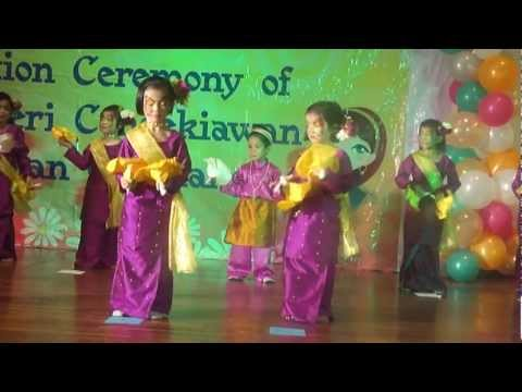 Malay Dance By 4 Years Old Kids video
