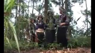 hmong in Vietnam 01  - YouTube.flv