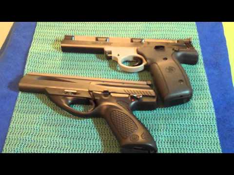 S&W 22A vs Beretta Neos .22 shootout