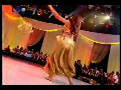 Sandra Belly dancer (alf leila w leila)