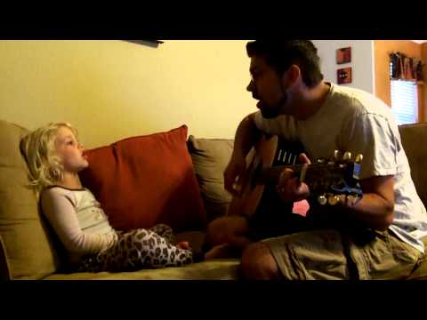 Mikayla And Daddy Sing la Seine From Monsters In Paris video