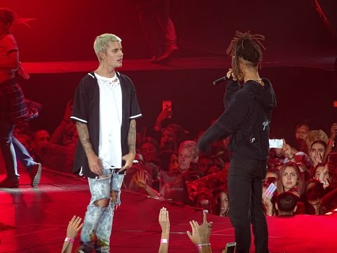 Justin Bieber feat. Jaden Smith -  Never Say Never LIVE AT MADISON SQUARE GARDEN (July, 19) thumbnail