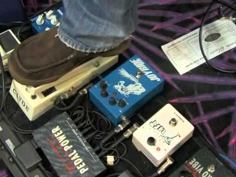0 Guitar Lessons Rock Blues Style   Pedals and Effects   Wah pedal techniques