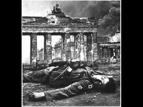 Capitulo 24 Guerras mundiales Diana Uribe /  La caída del tercer Reich