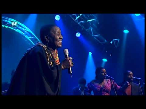 Miriam Makeba - Mbube (Live at AVO Session (Basel) Switzerland - 2006)