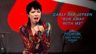 "Carly Rae Jepsen - 「Pitchfork Music Festival 2016」でのライブから""Run Away With Me""など2曲の映像を公開 thm Music info Clip"
