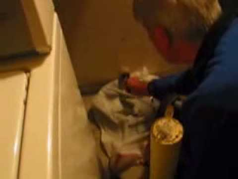 Clearing clogged washer drain