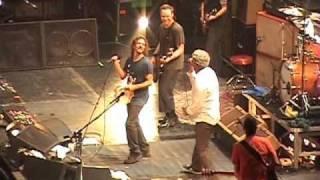 Pearl Jam and Robert Pollard - Baba O'Riley (live)